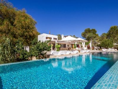 Photo for 6 bedroom Villa, sleeps 10 in San Jose with Pool and WiFi