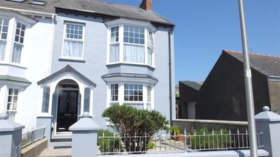 Photo for Queens Parade 1 - Four Bedroom House, Sleeps 8