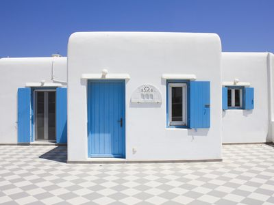 Photo for Modern Villa with ocean-view, fully-equipped, 5 min from Mykonos Town/Beach