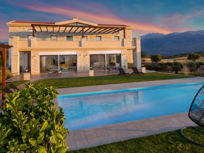 Photo for Luxury 6 Bedrooms Villa with Pool, Sauna, Steam Room and Fitness Area