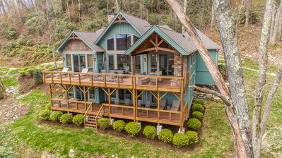 Photo for 3 BR New Construction Luxury Estate, Grandfather Mountain Views