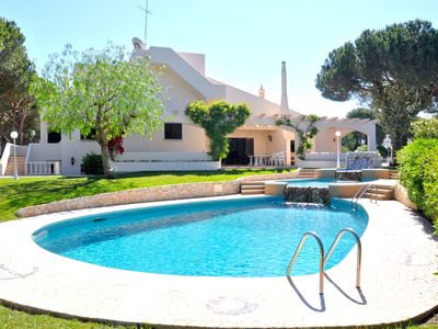 Photo for Imposing 5 bedroom private pool villa, walking distance to centre
