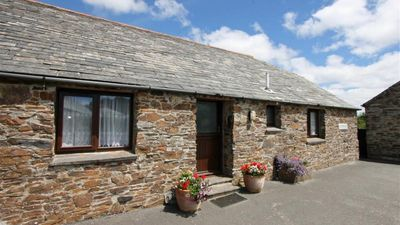 Photo for Waddles - Two Bedroom House, Sleeps 5