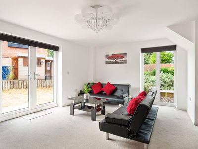 Photo for Modern 3 Bedroom Home in Cambridge