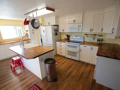 Photo for Charming Country Hillside Home in between Zion and Bryce on Hwy89 - Sleeps 11+!