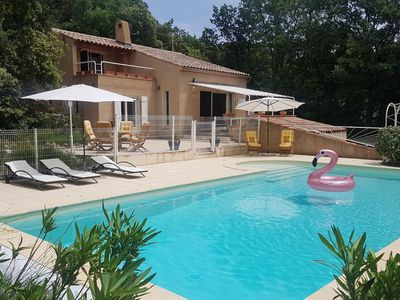 Photo for Detached villa on a hillside at Régusse with pool.