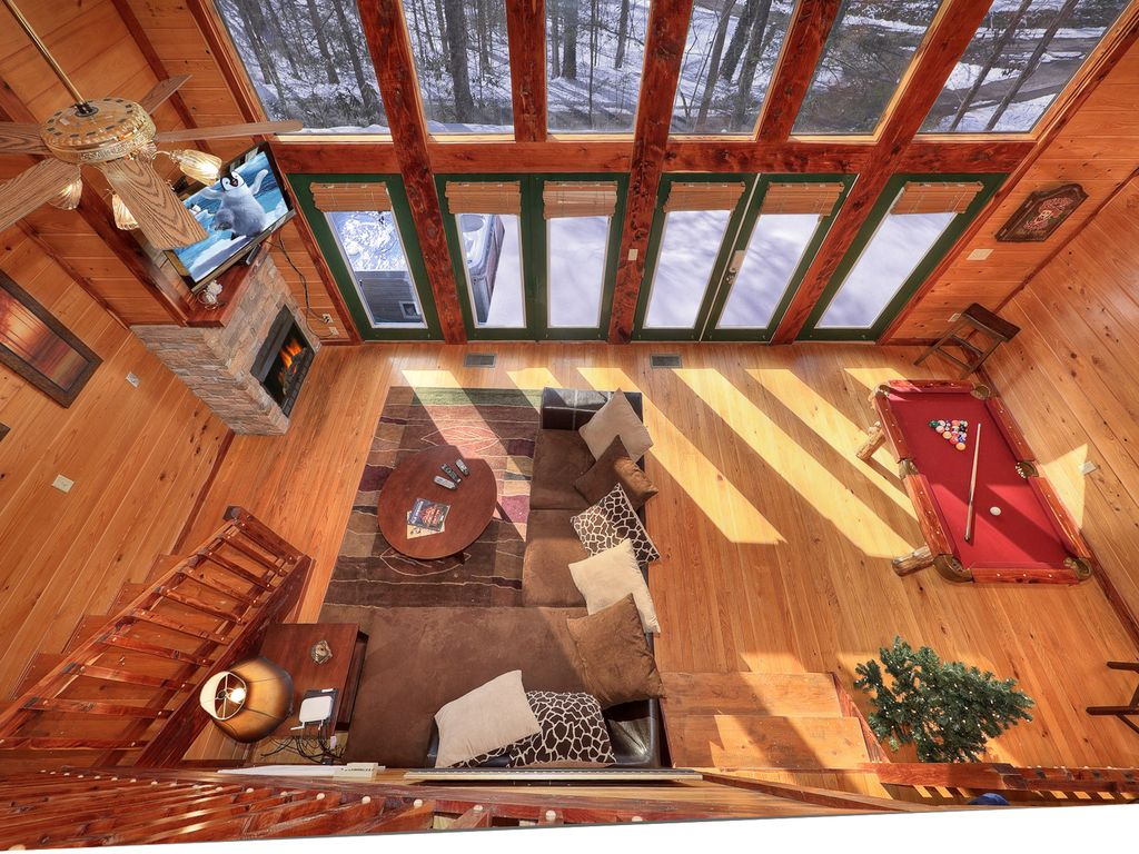 smoky mountain romance secluded 1 bedroom cabin bordering the great