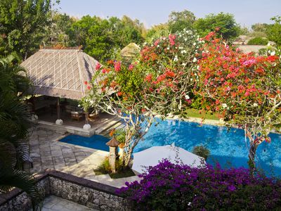 """Ubud near the Coast"" - luxury 7 bedroom private residence for special retreat"