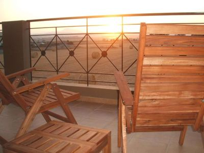 Photo for Apartment with Balcony · Horizon View - lovely 2 bed, 2 bath apartment in friendly complex