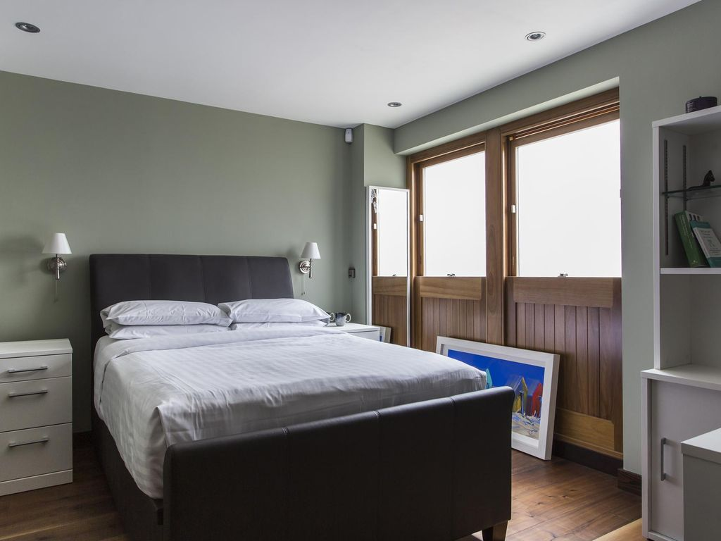 Gloucester Mews West - luxury 3 bedrooms serviced apartment - Travel Keys