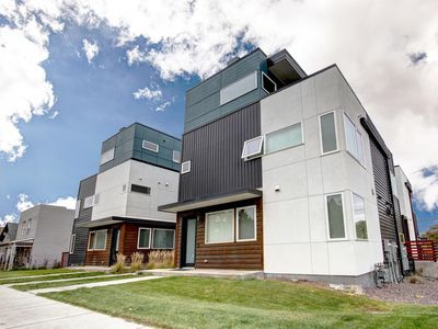Photo for Dream Pad: 4-Story-3BR Townhouse-heart of RiNo - Sleeps 10!
