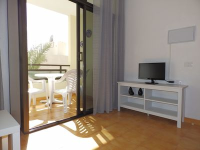 Photo for Nice 2 bedrooms apartment with balcony in Picacho
