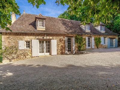Photo for Sprawling Mansion in Aquitaine with Swimming Pool