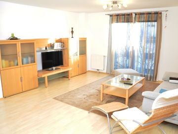 Near the center, spacious apartment with modern facilities, excellent infrastructure