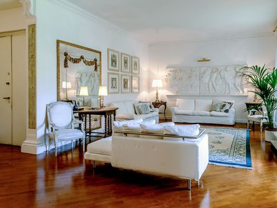 Photo for 3BR Apartment Vacation Rental in Firenze