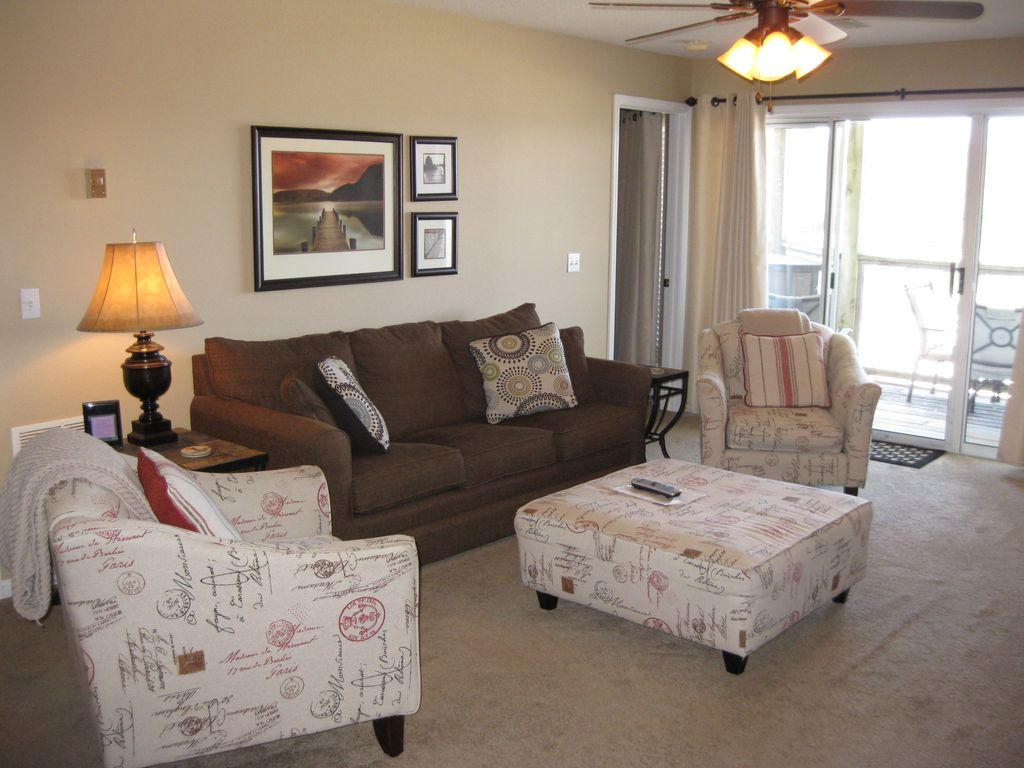 Free Night Larger 3 Bedroom Ledges Condo With Dining Room Internet