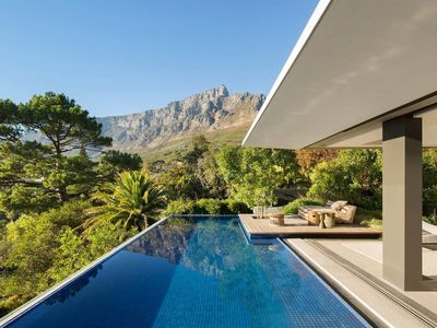 Photo for House in Cape Town with Internet, Air conditioning, Parking, Washing machine (987947)