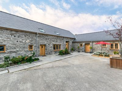 Photo for Perfect for family and group get-togethers in Snowdonia National Park. This beautifully renovated co