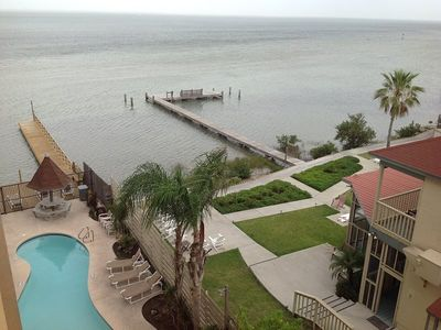 Photo for Bayfront condo. Sleeps 4, 2 bedrooms, 2 baths. Shared Pool, Permit Parking. Fishing pier& boat docks