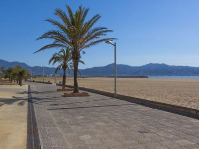 Photo for Apartment Puigmal 138 E1 in Empuriabrava - 4 persons, 2 bedrooms