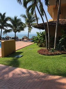 Photo for Los Tules Beachfront 1.600 Sq Ft Condo