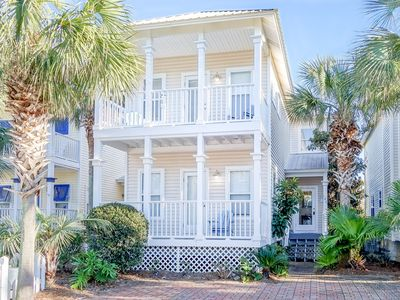 Photo for Breakaway~South of 30A~Short walk to the beach, restaurants and more!