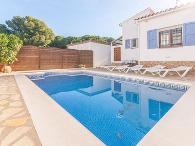 Photo for Detached house with private pool for 4 people in l'Escala
