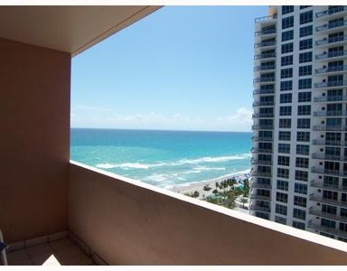 Photo for Oceanfront 1 Bedroom  2 bathrooms Penthouse In Hollywood