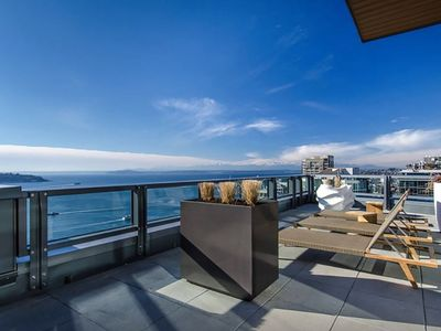Pike's Place Luxury Condos 1BR/1BA 2