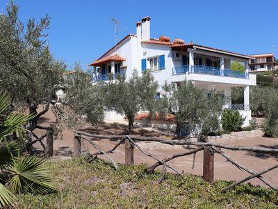 Photo for Calm and idyllic close to the sea, wifi - holiday apartment by Ermioni, Peloponn