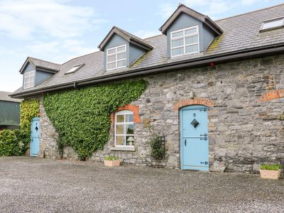 Photo for Herds Cottage, DUNSHAUGHLIN