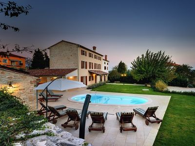 Photo for Villa with heated pool, 5 bedrooms, 5 bathrooms, washing machine, air conditioning, wifi, terrace and barbecue area