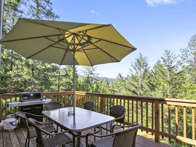 Hummingbird House ~ Wine Country Find! Spa, Views, Sun and Privacy, Near Wineries!