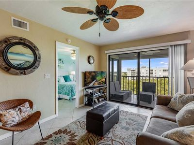 Photo for Estero Cove 352, 2 Bedrooms,  Sleeps 4, 5th Floor, Elevator, Heated Pool