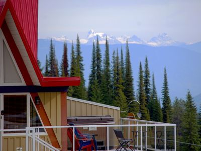 Get above it all with stunning views from the deck and private hot tub!