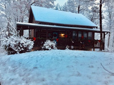 Photo for Romantic old world charm at the Cedar Point Log Cabin