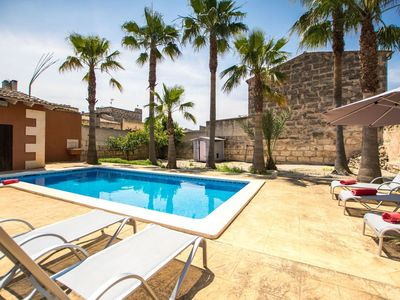 Photo for Beautiful apartment for 10 guests with WIFI, A/C, private pool, TV and balcony