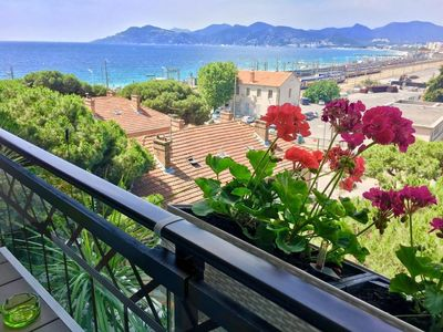 Photo for Holiday apartment Cannes la Bocca for 1 - 4 persons with 1 bedroom - Multistorey holiday home/maison