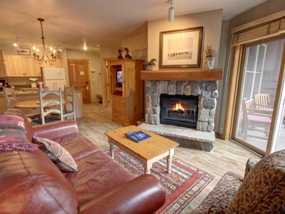 Photo for You'll love staying in this beautifully decorated 1 bedroom mountain condo! Right in the heart of River Run Village, it's a quick walk to the gondola and you are surrounded by the shops, restaurants, and activities of River Run. The living room has a queen