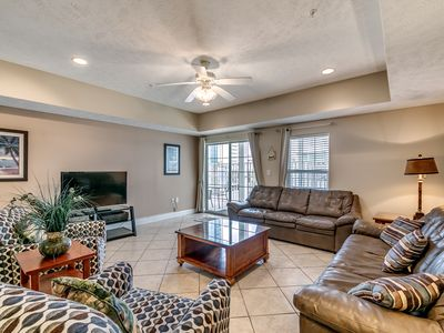 Photo for Ocean Blvd 4 Bedroom, Lazy River Great for Families.
