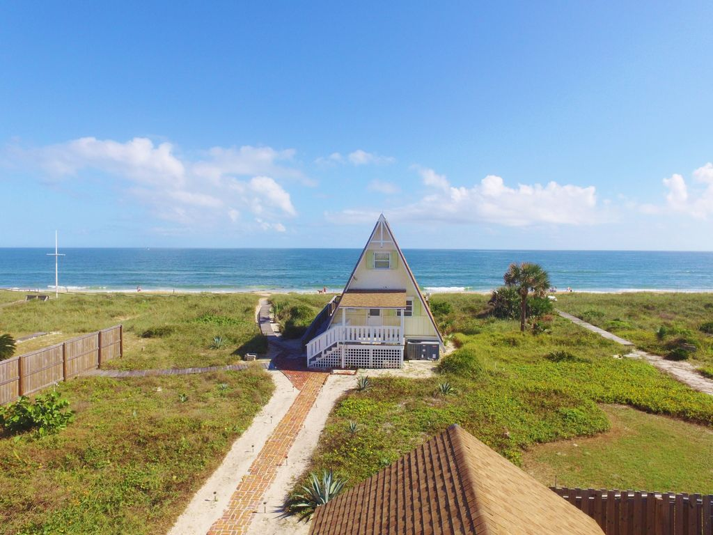 Vilano Beach Oceanfront Cottage Right On The