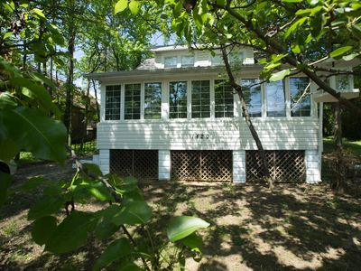 Photo for Kindred Moss Cottage: Cozy Beach Cottage: Newly Remodeled and Family Friendly!