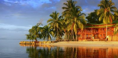 Vista Azul Lodge is a few minutes by boat to Bocas town and airport.