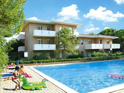 Photo for Holiday flats Condominio Orsa Maggiore, Lignano Pineta  in Venetische Adria - 5 persons, 2 bedrooms