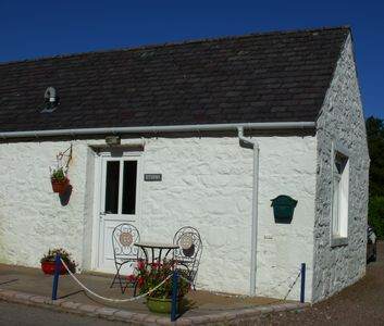 Cosy Cottage In Spectacular Location Overlooking Balcary
