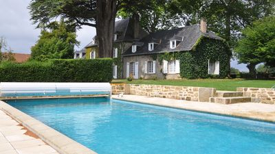Photo for Superb Manor House with swimming pool and Jacuzzi, full nature, very quiet, 12 pers