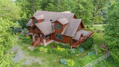 Photo for Perfect for Families & Couples - Relaxing, Secluded, 3.5 Miles to downtown Boone