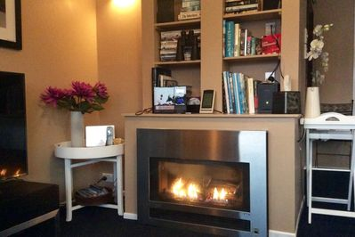 Gas fire with remote control