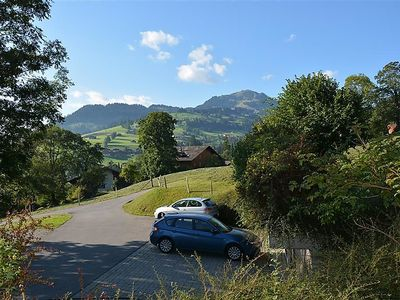 Photo for Apartment Akelei (klein) in Zweisimmen - 4 persons, 1 bedrooms