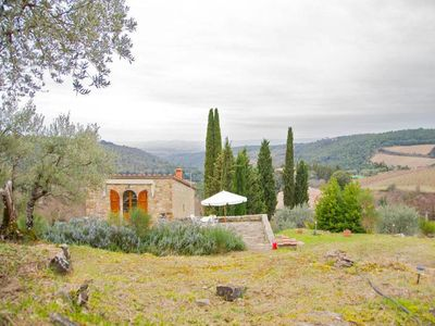Photo for Lovely country house in the Chianti region, for 4 persons, near Siena